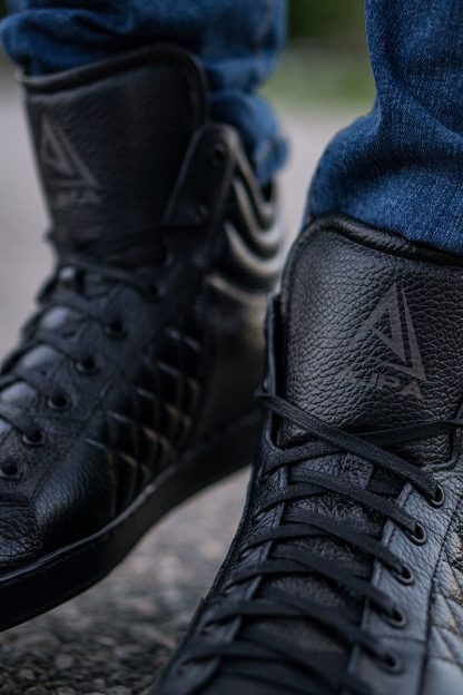 Ajpa mid quilted black 1
