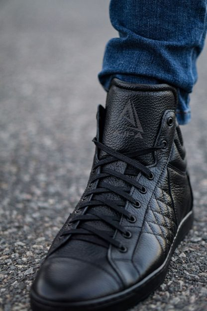 Ajpa mid quilted black 12